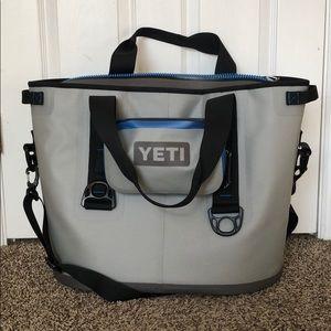 YETI Hopper 30 + Sidekick Insulated Cooler/Bag